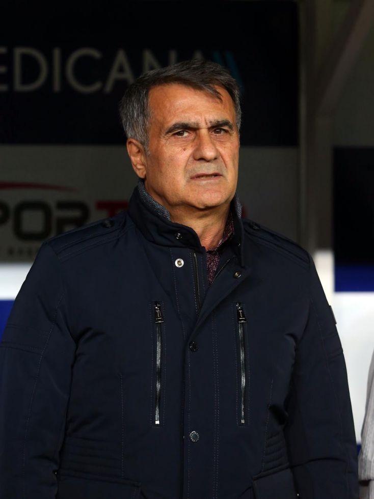 Konyaspor - Beşiktaş maçının ilk yarısından kareler 1