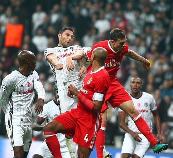 Beşiktaş-Benfica maçından kareler 49