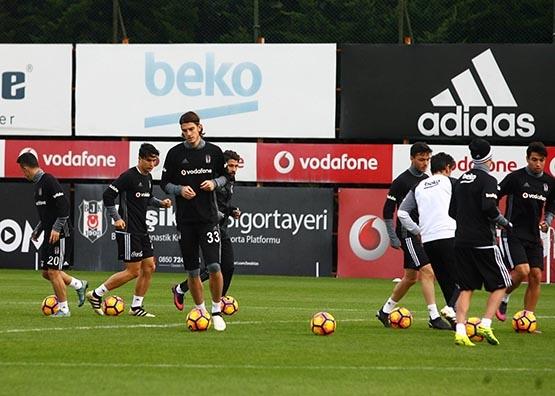 Medipol Başakşehir maçı hazırlıkları başladı 7