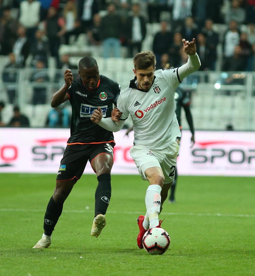 Beşiktaş - Alanyaspor maçından kareler 1