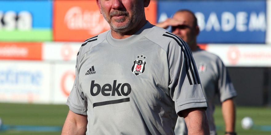 Beşiktaş 20200-21 sezonunu açtı