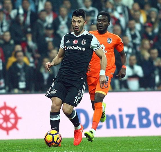 Beşiktaş-Başakşehir maçından kareler 14