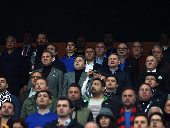 Beşiktaş-Başakşehir maçından kareler 19