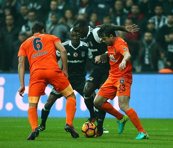 Beşiktaş-Başakşehir maçından kareler 30