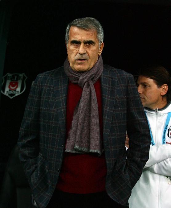 Beşiktaş-Başakşehir maçından kareler 31