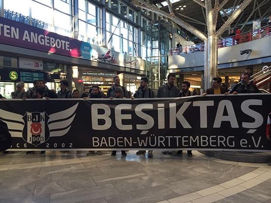 Beşiktaş'ı Almanya'da yalnız bırakmadılar 2