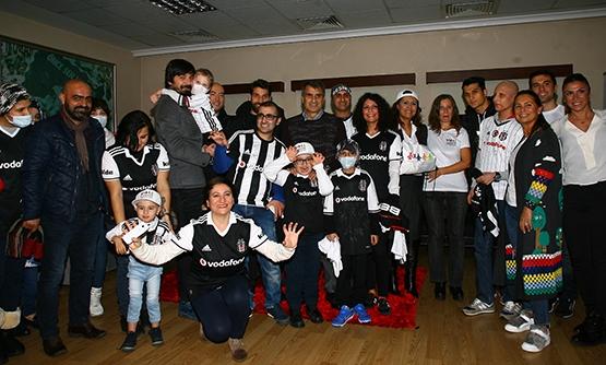 Beşiktaş'a anlamlı ziyaret 1