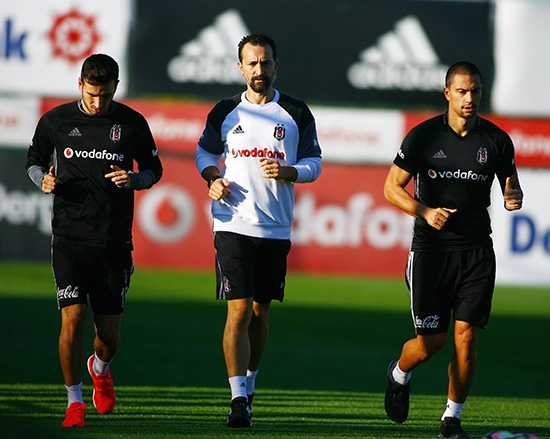 Beşiktaş taktik ve kondisyon çalıştı! 11