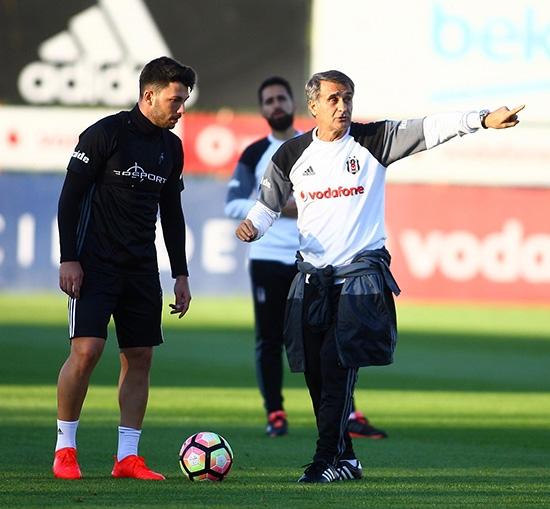 Beşiktaş taktik ve kondisyon çalıştı! 16