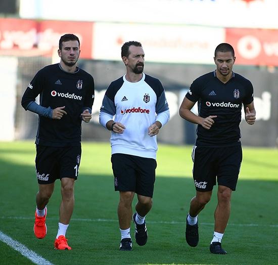 Beşiktaş taktik ve kondisyon çalıştı! 17
