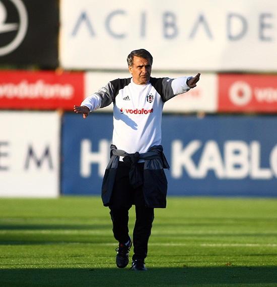 Beşiktaş taktik ve kondisyon çalıştı! 21