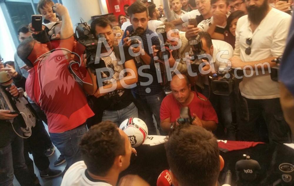 ÖZEL HABER | Vodafone Arena'da ''Efendi Adriano' 3