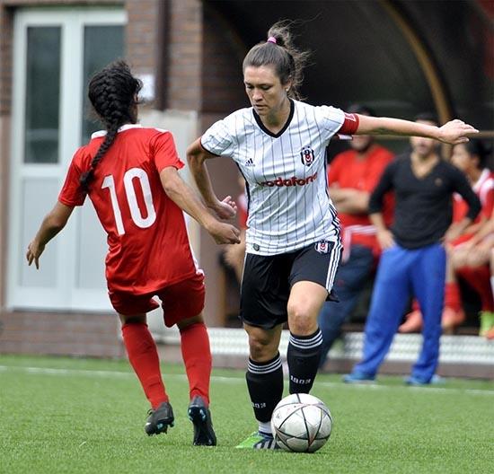 Beşiktaş:6 - Sultanbeyli Mevlana:0 (Kadın Futbol) 6
