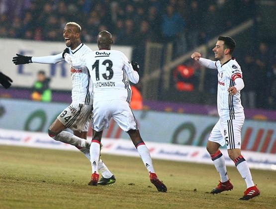 Osmanlıspor - Beşiktaş maçından kareler 1