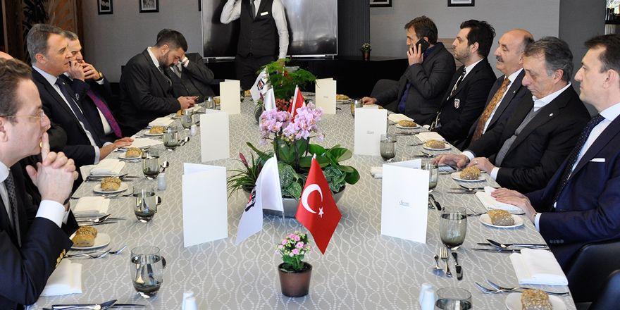 Vodafone Arena'daki çalışma ofisleri törenle açıldı