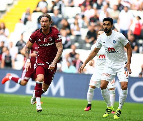 Beşiktaş-Başakşehir maçından kareler 22