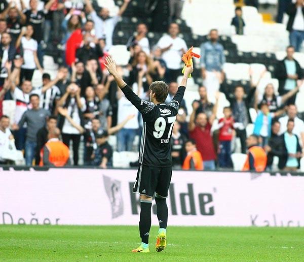 Beşiktaş-Başakşehir maçından kareler 28