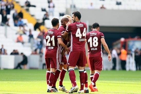 Beşiktaş-Başakşehir maçından kareler 3