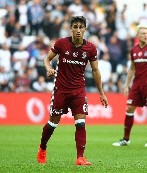 Beşiktaş-Başakşehir maçından kareler 49