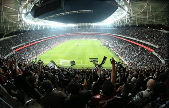 6 ayı geride bırakan Vodafone Arena 12