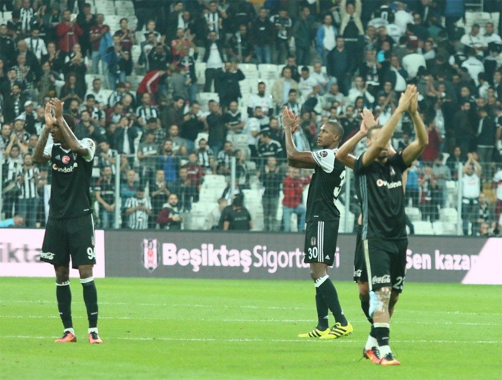 Beşiktaş-Galatasaray derbisinden kareler 5