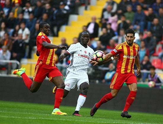 Kayserispor-Beşiktaş maçından kareler 13