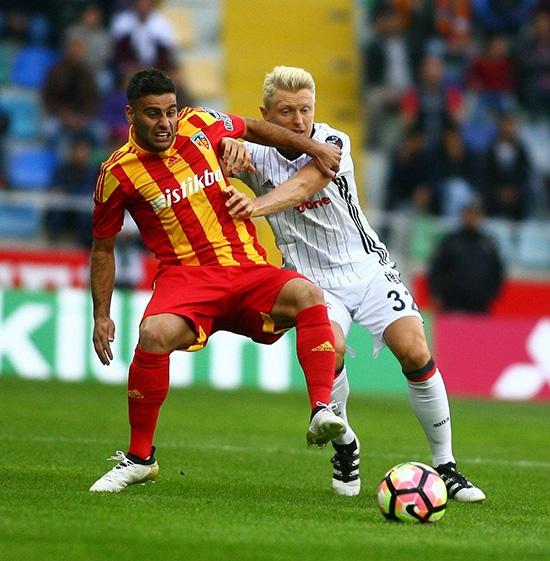 Kayserispor-Beşiktaş maçından kareler 17
