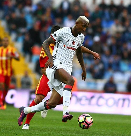 Kayserispor-Beşiktaş maçından kareler 26