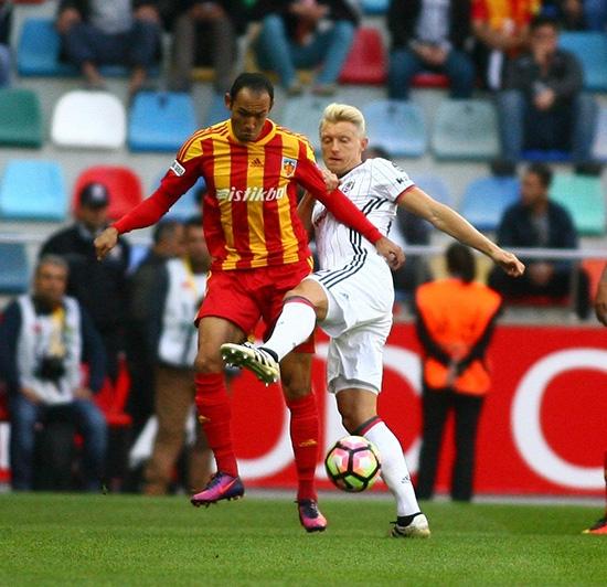Kayserispor-Beşiktaş maçından kareler 27
