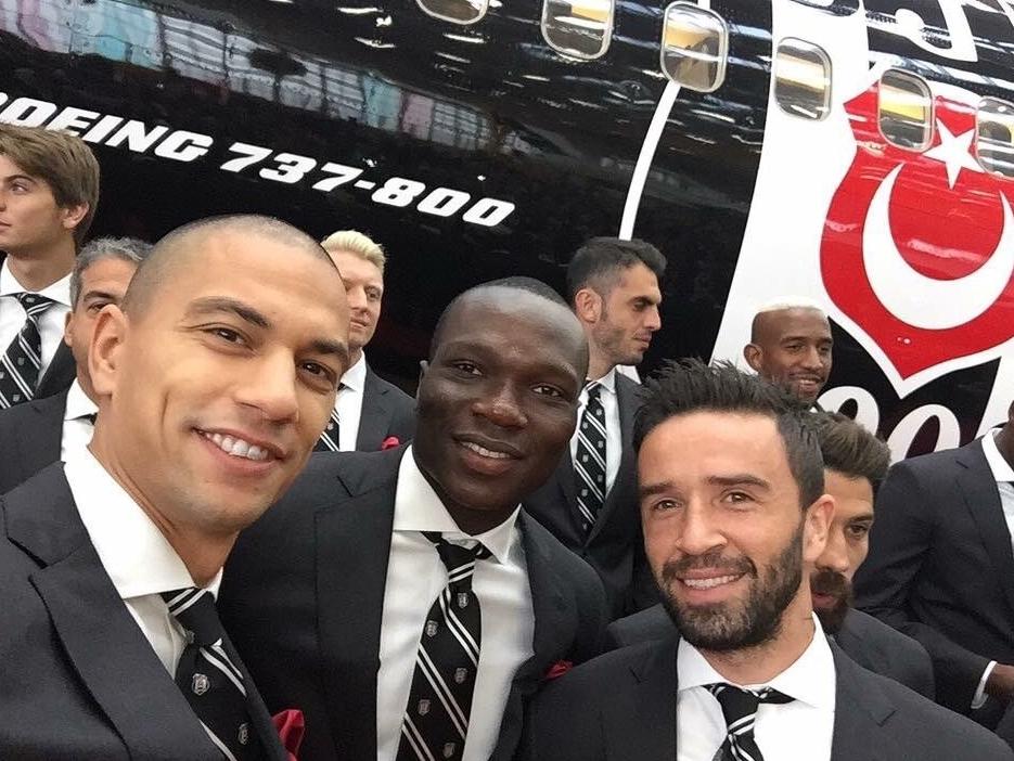 Beşiktaşlı futbolcuların uçak selfie'si 6