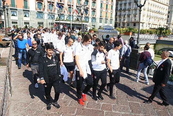 Beşiktaş'ın Napoli gezisi 10