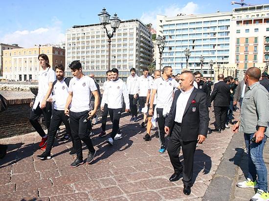 Beşiktaş'ın Napoli gezisi 15
