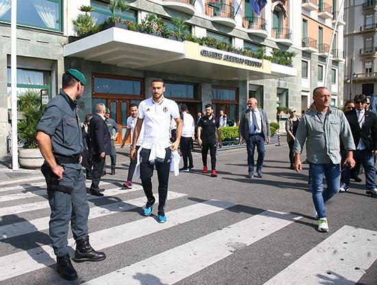 Beşiktaş'ın Napoli gezisi 8