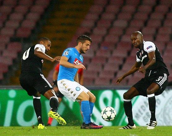 Napoli-Beşiktaş maçından kareler 16