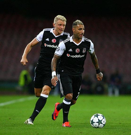 Napoli-Beşiktaş maçından kareler 22
