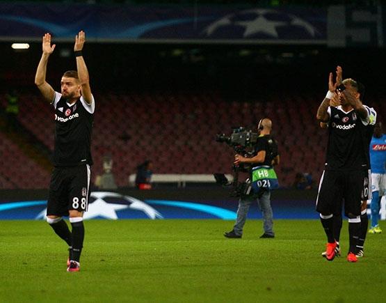 Napoli-Beşiktaş maçından kareler 23