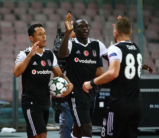 Napoli-Beşiktaş maçından kareler 24