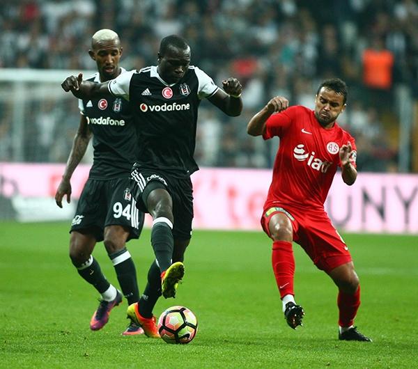Beşiktaş - Antalyaspor maçından kareler 16