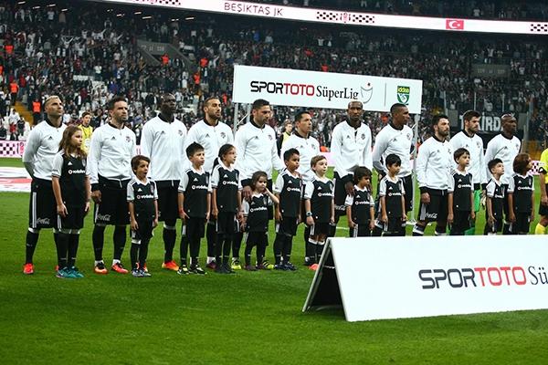 Beşiktaş - Antalyaspor maçından kareler 20