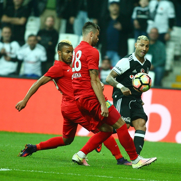 Beşiktaş - Antalyaspor maçından kareler 27