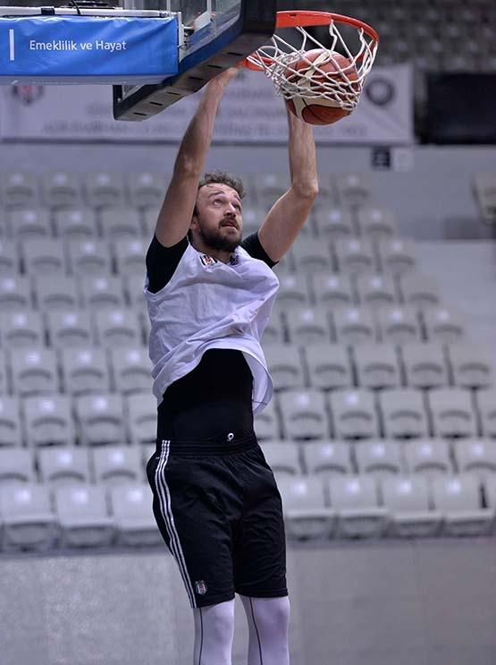 Partizan maçı hazırlıkları başladı 6