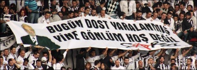 Beşiktaş tribünlerinin futbol dışı pankartları 1 7