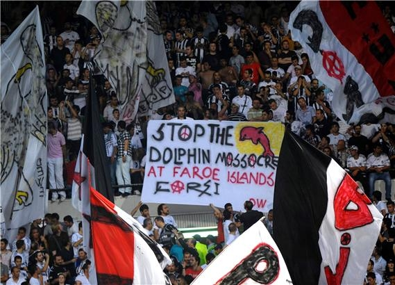 Beşiktaş tribünlerinin futbol dışı pankartları 2 1