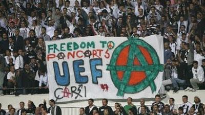 Beşiktaş tribünlerinin futbol dışı pankartları 2 12