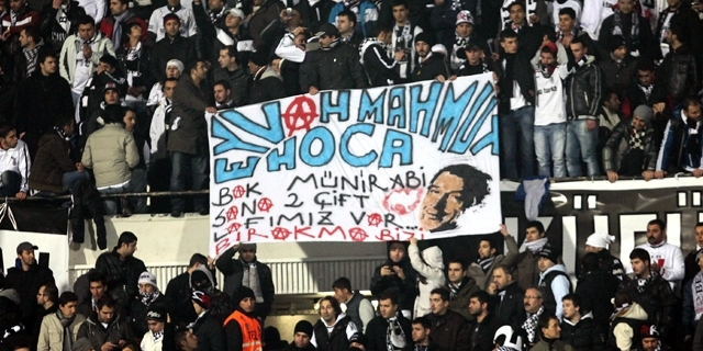 Beşiktaş tribünlerinin futbol dışı pankartları 2 5