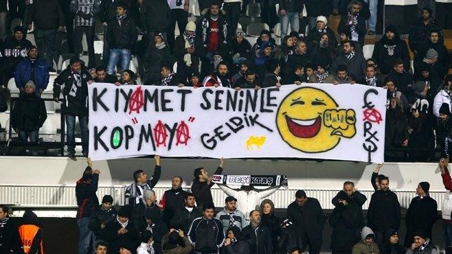 Beşiktaş tribünlerinin futbol dışı pankartları 2 9