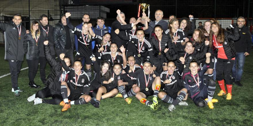 Beşiktaş, Cumhuriyet Kupası'nı kazandı