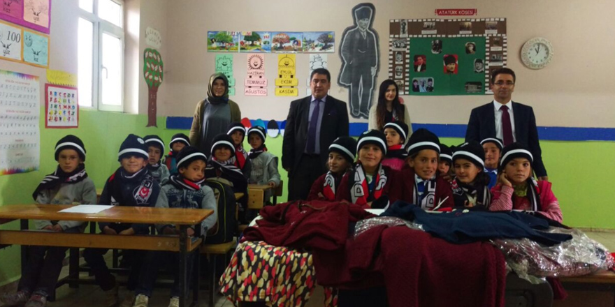 Beşiktaş'ın sıcaklığı bir köy okulunu daha ısıttı