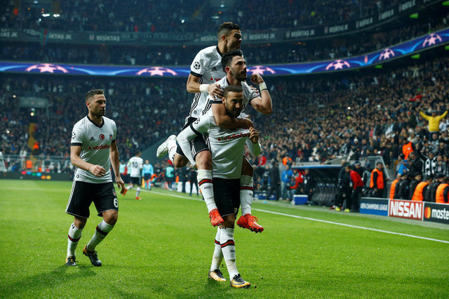 Beşiktaş'ın yıldızlarına teklifler yağıyor! 4 isme teklif var...