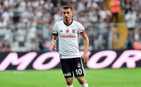 ÖZEL | Oğuzhan yeni sözleşmeyi Mayıs ayında imzaladı. F.Bahçe konudan habersiz!